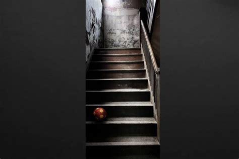 trompe l oeil escalier sticker trompe l oeil escalier izoa
