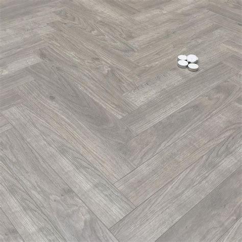 Best 25+ Grey Laminate Flooring Ideas On Pinterest