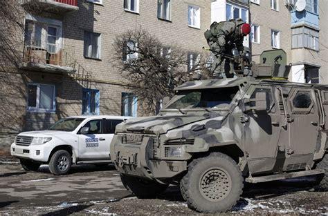 cease fire  peril  rebels trap  ukrainian troops