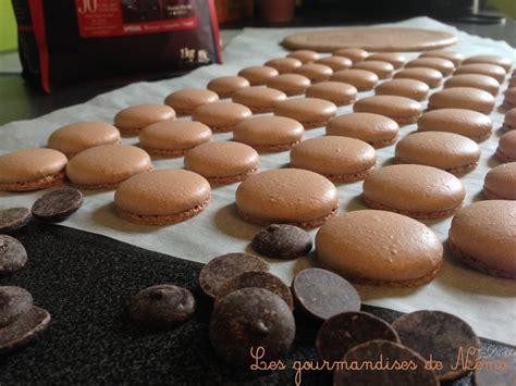 macarons au chocolat recette de macarons avec meringue