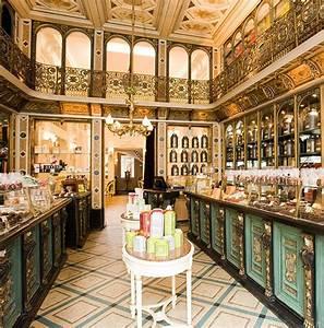Le Must Lille : best 25 parisian cafe ideas on pinterest paris cafe french cafe and paris photography ~ Maxctalentgroup.com Avis de Voitures