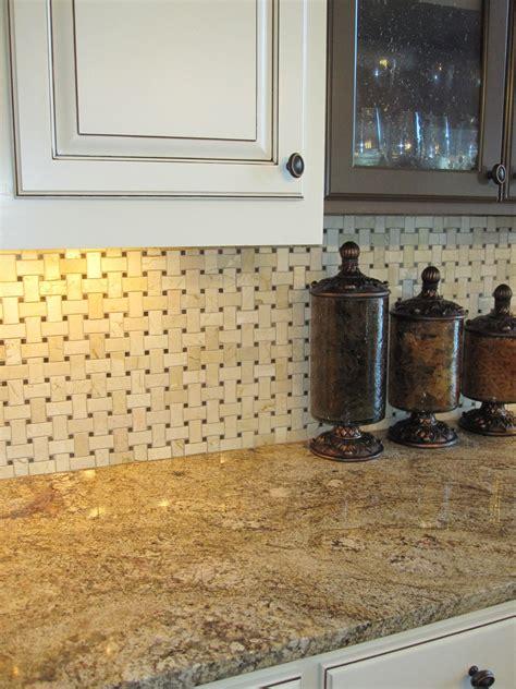 basket weave kitchen backsplash 1000 images about backsplash on kitchen 4333