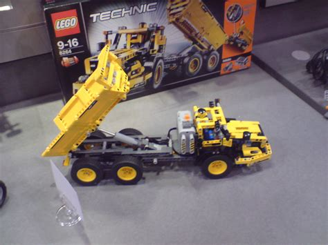technic sets toy fair 39 09 technic sets the toyark news