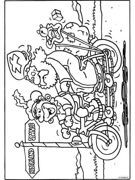 Kleurplaat Zwarte Piet Fiets by Kleurplaat Sint En Piet Op De Tandem Kleurplaten Nl