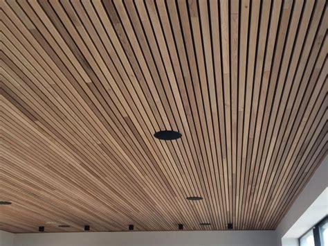 fabriquer une cuisine pas cher faux plafond bois exterieur mzaol com
