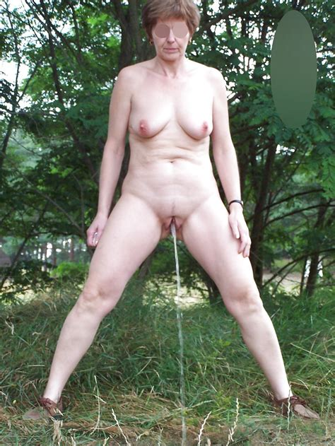 1 in gallery mature outdoors pissing3 picture 1