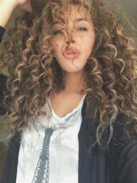 natural curly hair blonde highlights beauty highlights