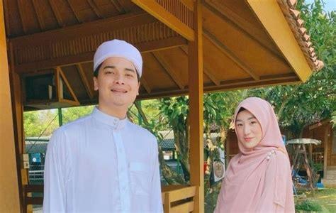 Portal informasi online yang mewartakan dunia muslimah indonesia. Digugat Cerai Larissa Chou, Alvin Faiz Buka Suara