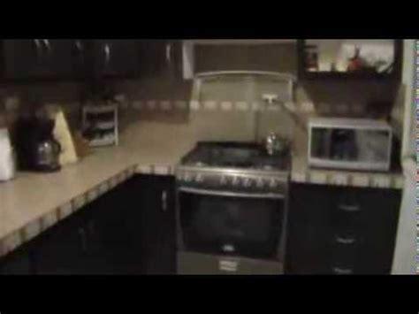 puertas de pvc muy durables  cocina en muroblock yo