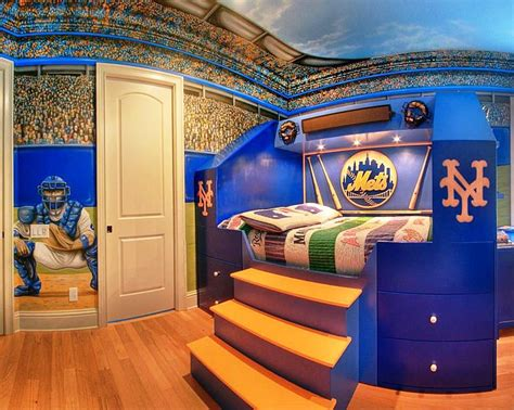 Cool Bedroom Ideas For Small Rooms by Cool Room Decor For Guys Best Bedroom Ideas For