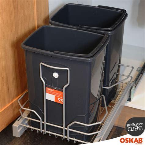 meuble cache poubelle cuisine les 25 meilleures idées concernant poubelle coulissante sur poubelle de porte