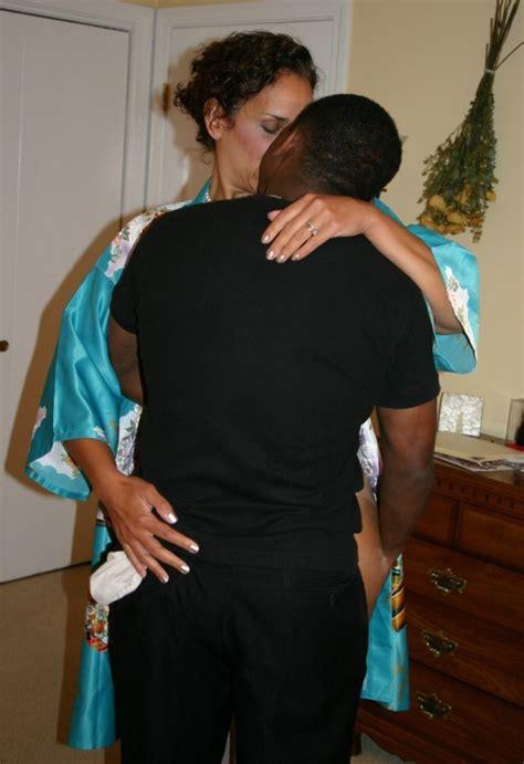 Brunette Hotwife Who Loves Bbc Amateur Interracial Porn