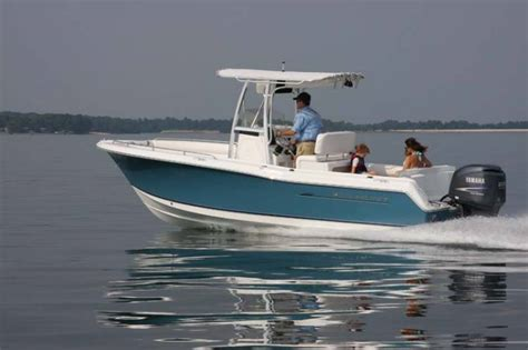 Seahunt Boats by Research 2009 Sea Hunt Boats Ultra 232 On Iboats