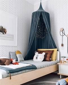Papier Peint Deco : du papier peint dans la chambre des enfants shake my blog ~ Voncanada.com Idées de Décoration