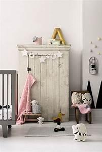 Chambre D Enfant : dressing vintage pour chambre d 39 enfant joli tipi ~ Melissatoandfro.com Idées de Décoration