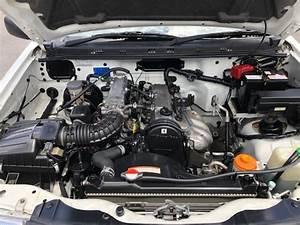 2003 Suzuki Grand Vitara Manual  Free     U000639