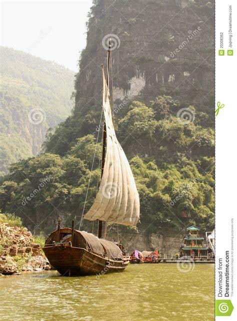traditional chinese boat  yangtze river china stock