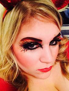 Halloween Makeup - Detroit Duchess