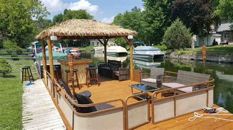 Tiki Bar Boat by 1000 Ideas About Pontoon Boats On Pontoons