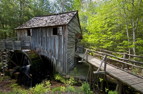 cabins of the smoky mountains 28 smoky mountains pictures that will make you want to
