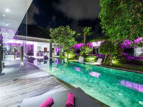 Luxurious And Peaceful Villa In Seminyak W...