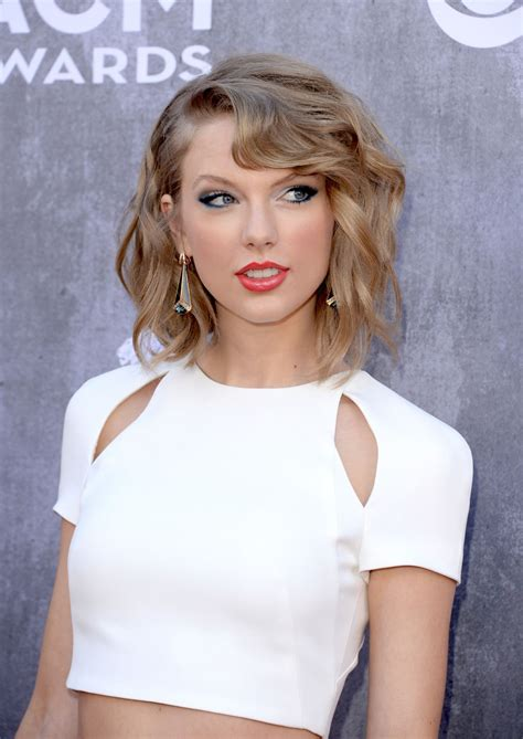 taylor swift   academy  country  awards