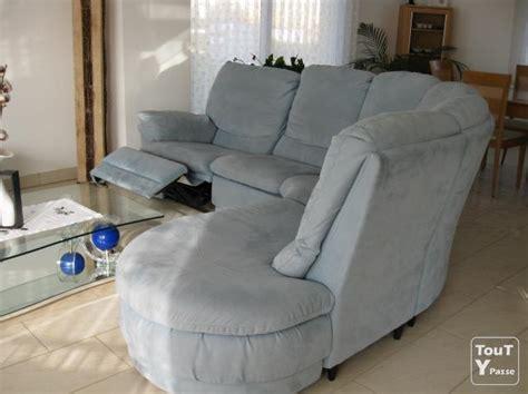 canape d angle alcantara canapé d 39 angle marque calia pouf en alcantara état