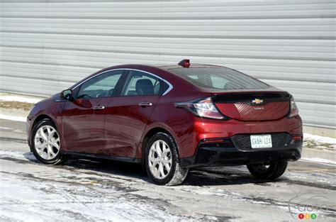 2016 Chevy Volt Takes On The Winter Challenge Car