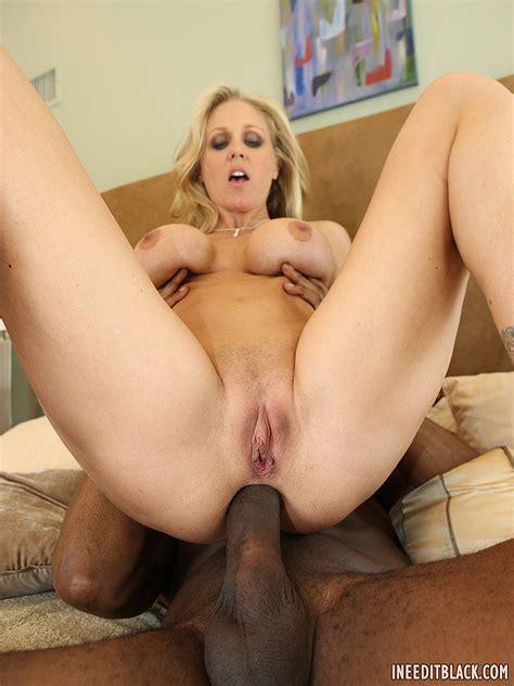 mature blonde milf julia ann with big tits enjoying anal tgp gallery 53626