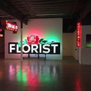 MONA Museum of Neon Art 394 s & 96 Reviews Art