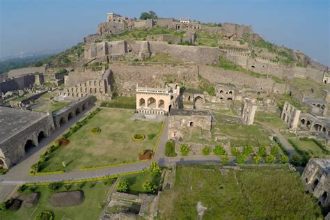 amazing golconda fort images famous tourist place