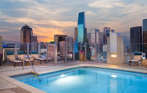 Apartments in Downtown Dallas, TX   SkyHouse Dallas