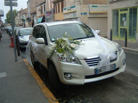 deco pour voiture mariage d 233 coration florale pour votre voiture de mariage fleuriste 233 v 232 nementiel pour mariage 224