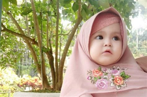 yuk biasakan anak memakai hijab sejak kecil  rekomendasi hijab