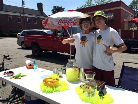Local Teens Launch Lemonade Stand In Damariscotta-the
