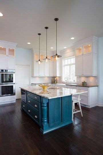 teal kitchen island best 25 teal kitchen cabinets ideas on teal 2684