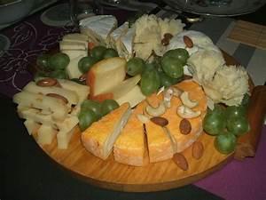 Idée Raclette Originale : idee de presentation plateau de fromage 3 peneloppe ou ~ Melissatoandfro.com Idées de Décoration