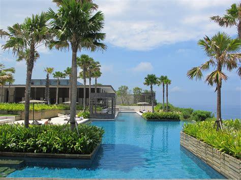 Alila Villas Uluwatu Bali Indonesia Infinity Pools