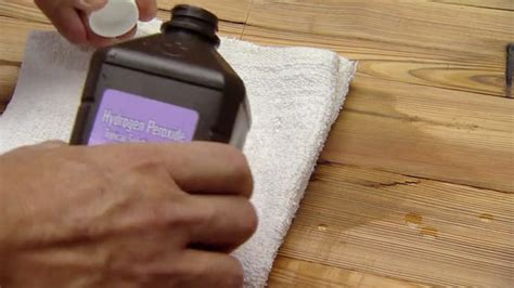 Cleaning Pet Stains From Wood Floors by Bleaching Oak Wood Stains