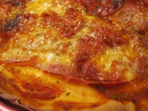 pizza au jambon chorizo dans le cooking chef pizza de fiambre chouri 231 o no cooking chef