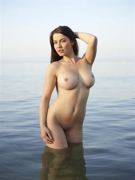 Yara Martinez Nude Sexy Babes Naked Wallpaper