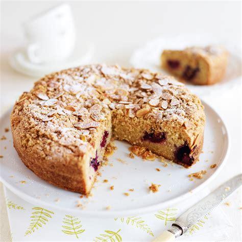 vegan blackberry  almond cake woman  home