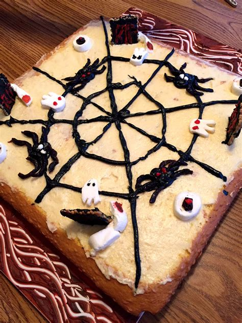Easy Halloween Cake Decorating Ideas For Spooky Cake