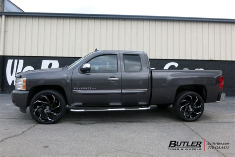 chevrolet silverado   lexani cyclone wheels