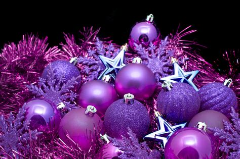 photo  purple christmas decorations  christmas images