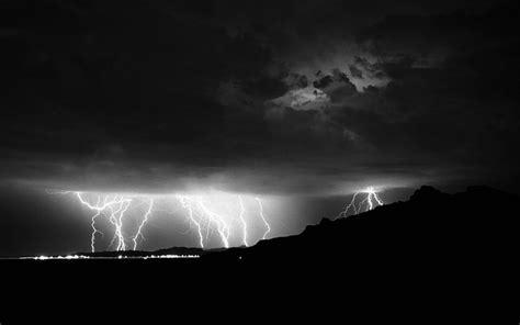 mac wallpaper lightning