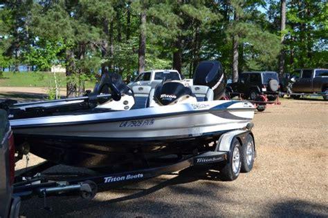 Triton Boats Alexandria La by 2006 Triton Tr20x Bass Boat For Sale In Alexandria
