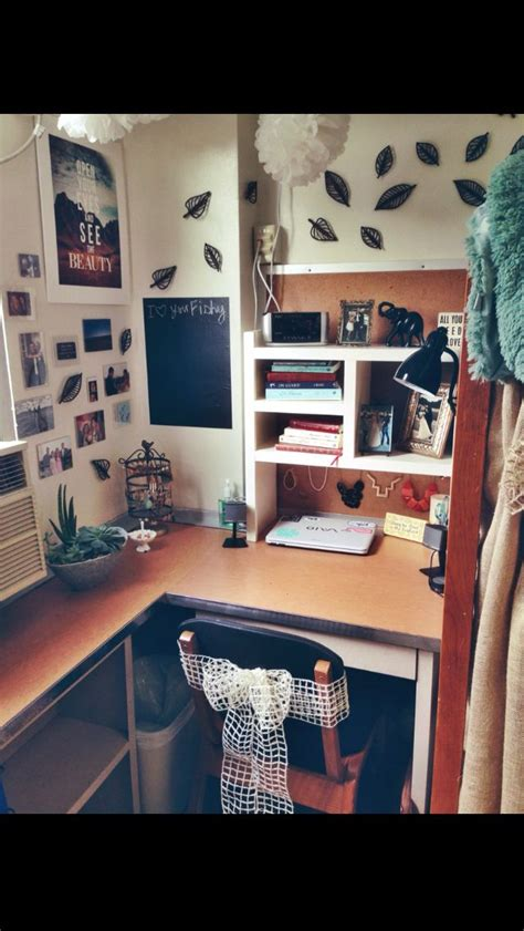 ideas for small bedrooms for 17 best ideas about desk organization on 20604