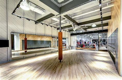 nike womens  store  fitness studio opens