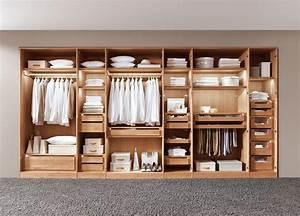 Kleiderschrank Aus Holz : massivholzbett u schlafzimmer planen ~ A.2002-acura-tl-radio.info Haus und Dekorationen